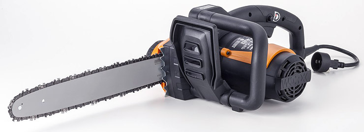 WORX-chainsaw-electric-rear